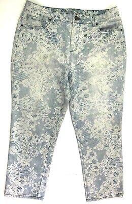 Chico's platinum lace print light wash denim cropped capri jeans blue size 0 4 - Lace Print Jeans