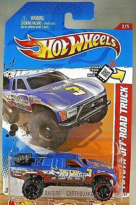 2012 Hot Wheels #222 Thrill Racers-Earthquake TOYOTA OFF-ROAD TRUCK Blue w/OROH6
