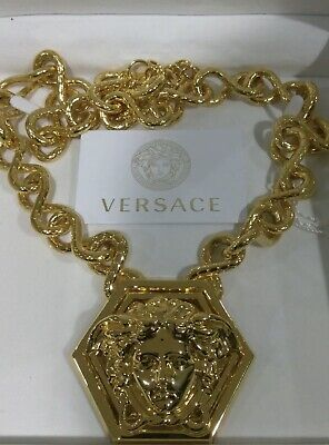 $1750 AUTH. VERSACE  GOLD MEDUSA MEDALLION CHUNKY PENDANT CHAIN NECKLACE