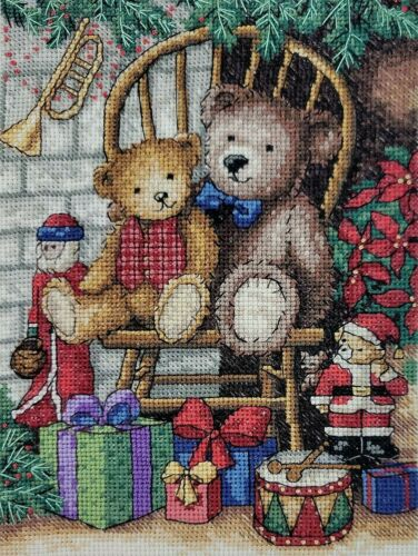 XMAS X Stitch Finished Bear Poinsettia Santa Drum Tree Embroidery MultiColor Vtg
