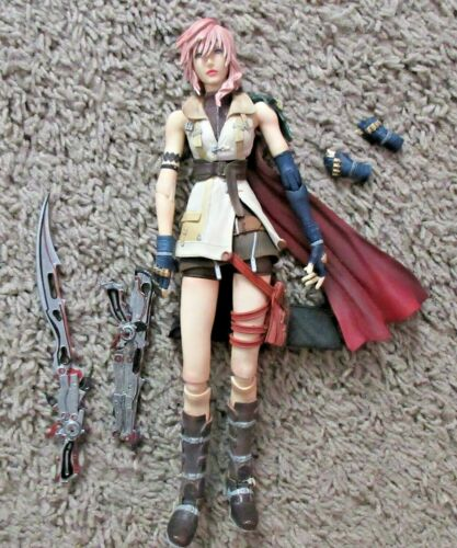 PLAY ARTS FINAL FANTASY LIGHTNING AUTHENTIC XIII 13 RARE