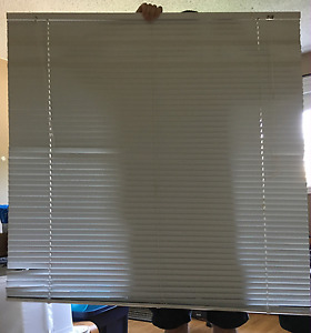 Blinds horizontal 46 inch by 46 inch