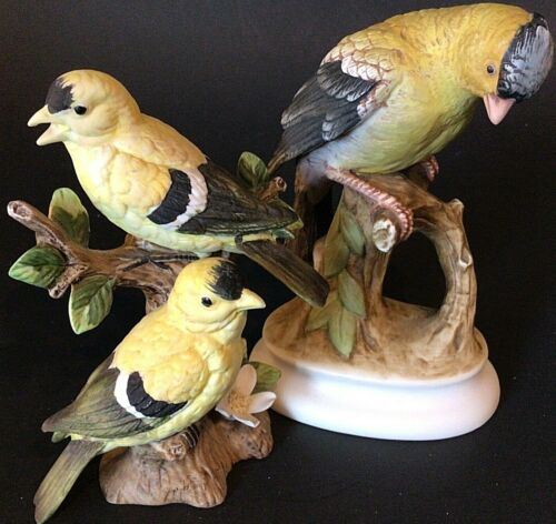 LEFTON CHINA GOLD FINCH BIRD FIGURINES PORCELAIN LOT OF 2 VINTAGE HAND PAINTED