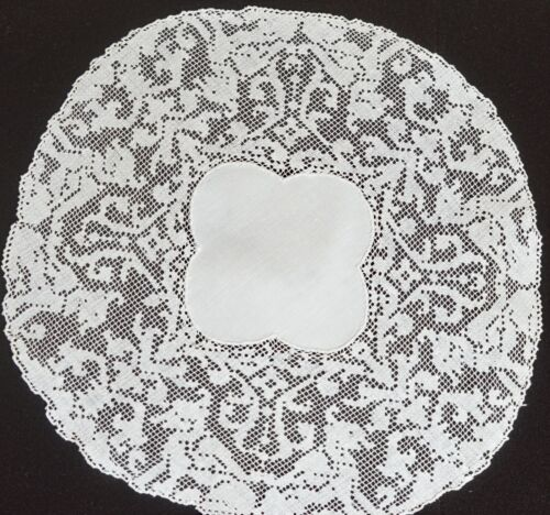 Set of 9 Hand Made Linen &  Embroidered NETLACE DOILIES – Griffins VV195
