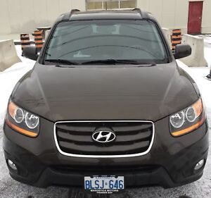2011 Santa Fe Sport - Only 50,000 km - Excellent Condition
