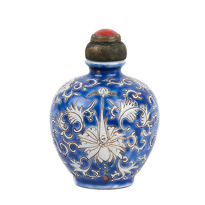 China 19. Jh. - A Chinese Porcelain Snuff Bottle - Tabatière Qing Chinois Cinese