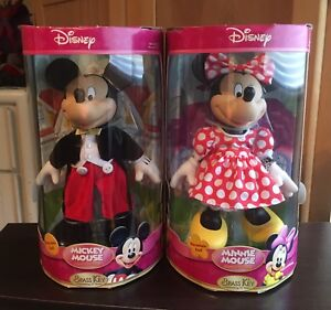MICKEY AND MINNIE PORCELAIN STATUES