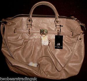 MARLA OF LONDON DENYA LADIES' CARAMEL GRAB SHOULDER BAG (New/Tag)