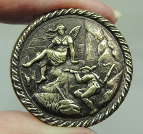 ANTIQUE BRASS PICTURE BUTTON ~ SPIRIT OF THE MOUNTAIN