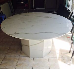 Round Carrara granite marble dinning table Canley Heights Fairfield Area Preview