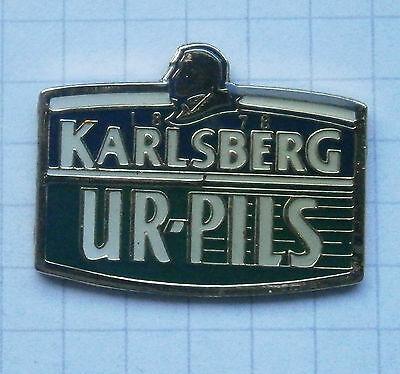 KARLSBERG UR-PILS / HOMBURG  ....................... Bier-Pin (119h)