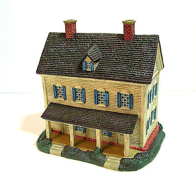 Lang Village Meadowbrook Farm Farmhouse, Light Up House, Original Box Meadowbrook Farm