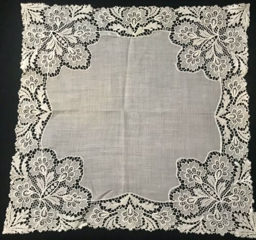 """Antique Beautiful Chemical Lace Embellished Fine Linen Handkerchief 11 1/2""""SQ"""