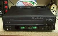 Mitsubishi M-V7025 Laser disk player with james and the Giantpea