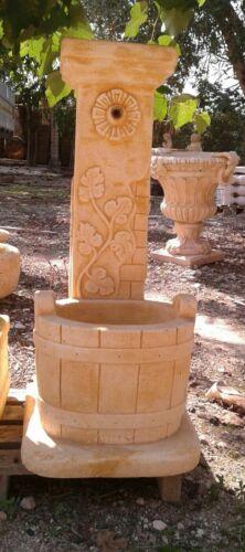 Fontana in cemento e polv d marmo da esterno giardino  a colonna moderna rustica