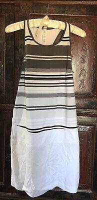 Lululemon Blissed Out Dress Sz 6 Gray & White Stripes EUC