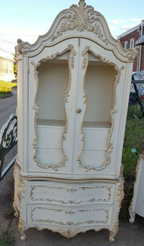 Antique french provincial Bedroom furniture