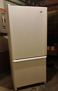Amana 18.5cu ft Refrigerator,  free delivery