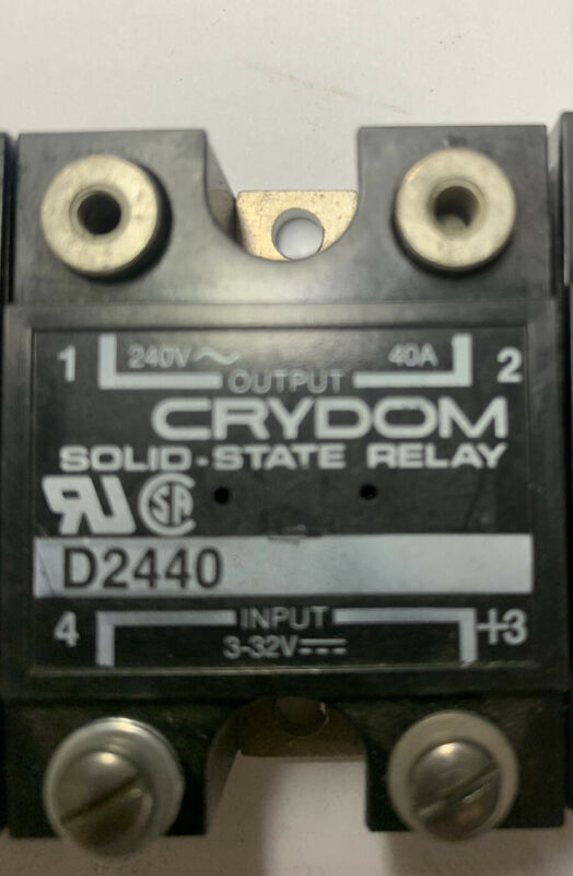 Crydom D2440 solid state relay, 3-32V input, 240 V output, 40 amp