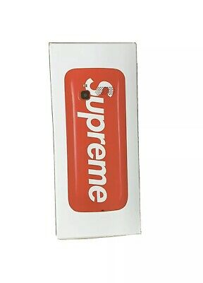 Supreme/BLU FW19 Burner Phone - Red