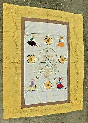 VINTAGE 1940'S HAND SEWN APPLIQUE AND EMBROIFERED SUNBONNET GIRL FLOWERS (Hand Sewn Applique)