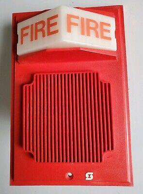 Simplex 2902-9735 Wall Mount Fire Alarm Speakerstrobe Light