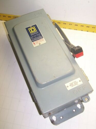 SQUARE D 30 AMP FUSIBLE SAFETY SWITCH 600 VAC 20 HP 3 POLE 3 PHASE H361AWK