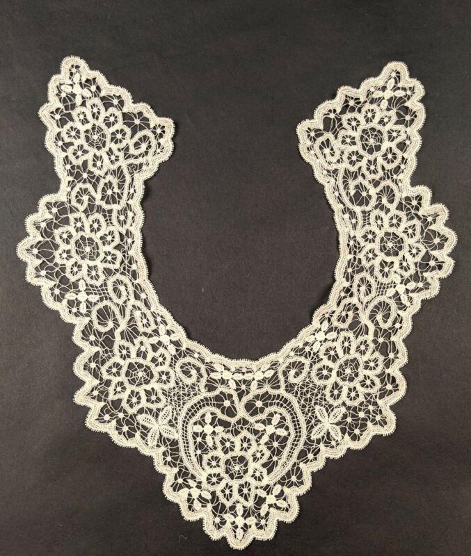 ANTIQUE 19THC HANDMADE BATTENBURG LACE COLLAR FOR DRESS