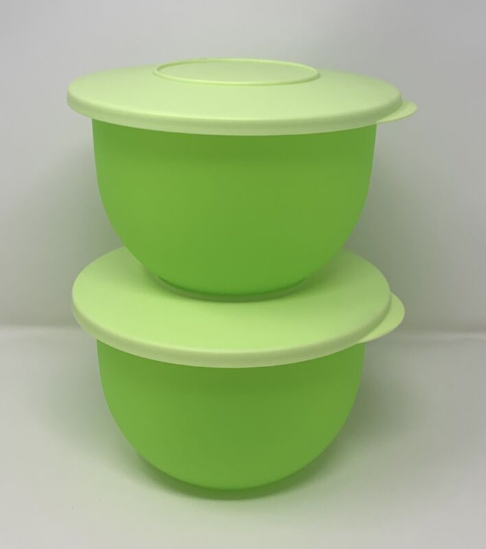 Tupperware Impressions Bowls 5 Cups Set Of (2) in Lime NEW