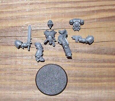 40K Dark Imperium Primaris Space Marines Lieutenant w/ Power Sword Bits