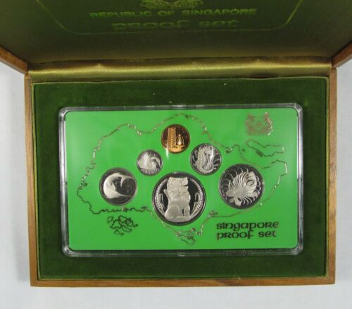 1976 Singapore 6 Proof Coin Set with Wooden Presentation Case low mintage