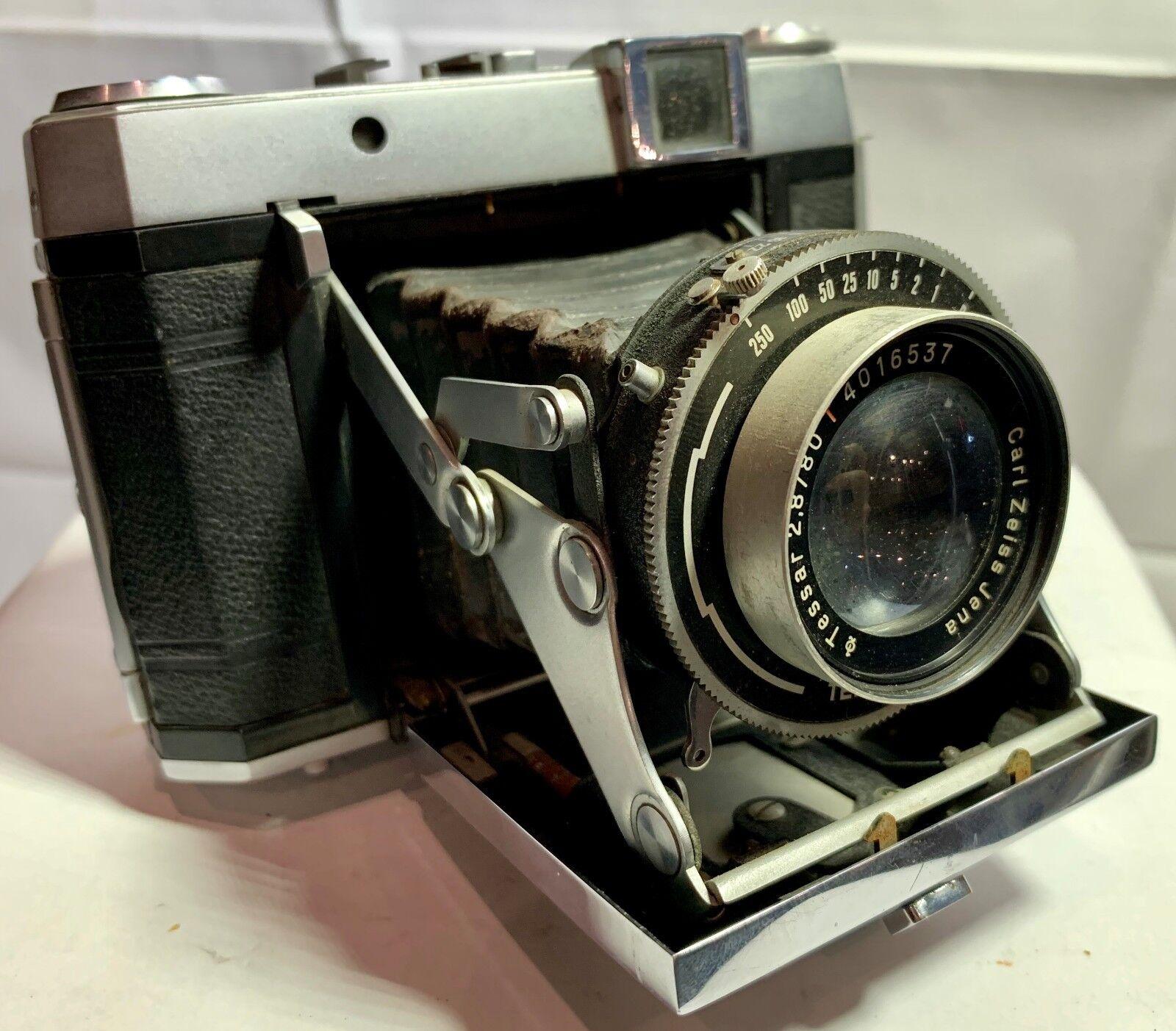 Какой фотоаппарат делает резкие снимки картинка семья