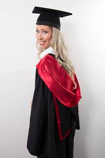 University of Canberra-Graduation Gown
