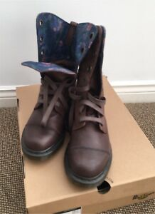 Dr. Martens Women's Boots - US Size 9. New/Unused