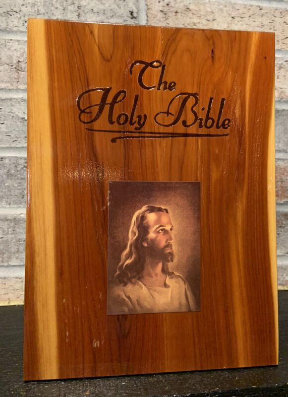 """Holy Bible Cedar Wood Storage Case Jesus Image Bible Trinket Carrying Box 9"""""""