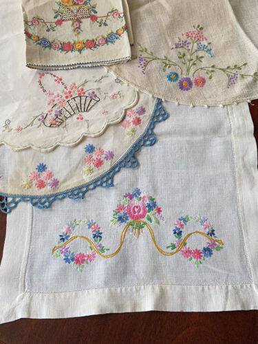 Lot Vintage Embroidered  Linen Cotton Table Linens 3 Round 1 Runner & 1 Towel