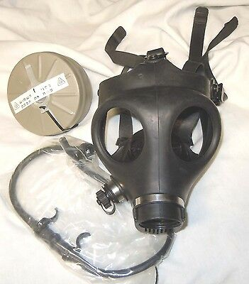 ISRAELI GAS MASK (CHILD SIZE) w/ Drinking Straw & Filter-NEW
