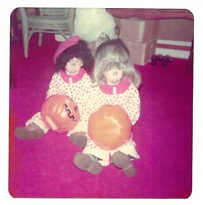 Little Kids In Halloween Costumes (Square Vintage 70s PHOTO Little Kids In Clown Halloween Costumes w/ Wigs)