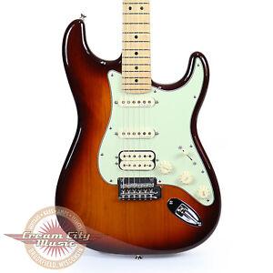 Brand-New-Fender-Deluxe-Stratocaster-HSS-Maple-Fingerboard-Tobacco-Sunburst-Demo