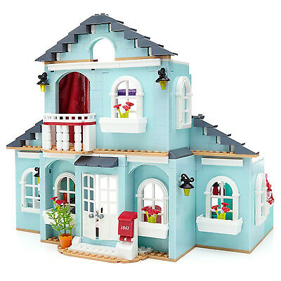 Mega Bloks American Girl Grace's 2-in-1 Buildable Home and Bakery for 8+ | DPK87