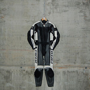 DAINESE-FLANKER-DIV-LADY-SUIT-SIZE-46-CARBON-2513198