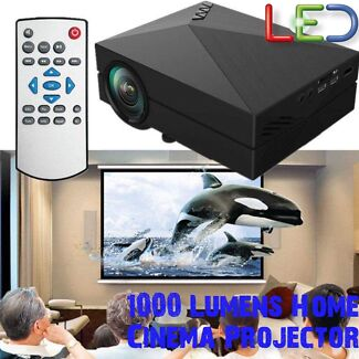 Projector 1000LM 1080P Multimedia Home Theatre