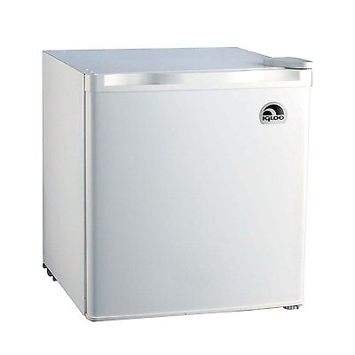 Igloo 1.7 Cu Ft Mini Fridge, Compendious Refrigerator, White - FR115I (Refurbished)