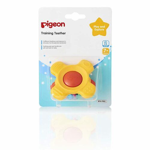 Pigeon Training Teether Step 2 - Easy-To-Grip Handle - Play & Explore 7+ Months