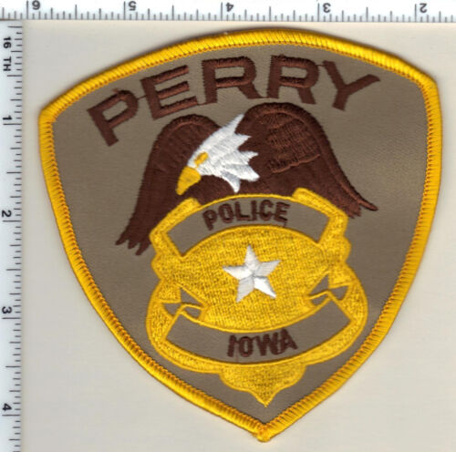 Perry Police (Iowa)  Shoulder Patch - new from 1986