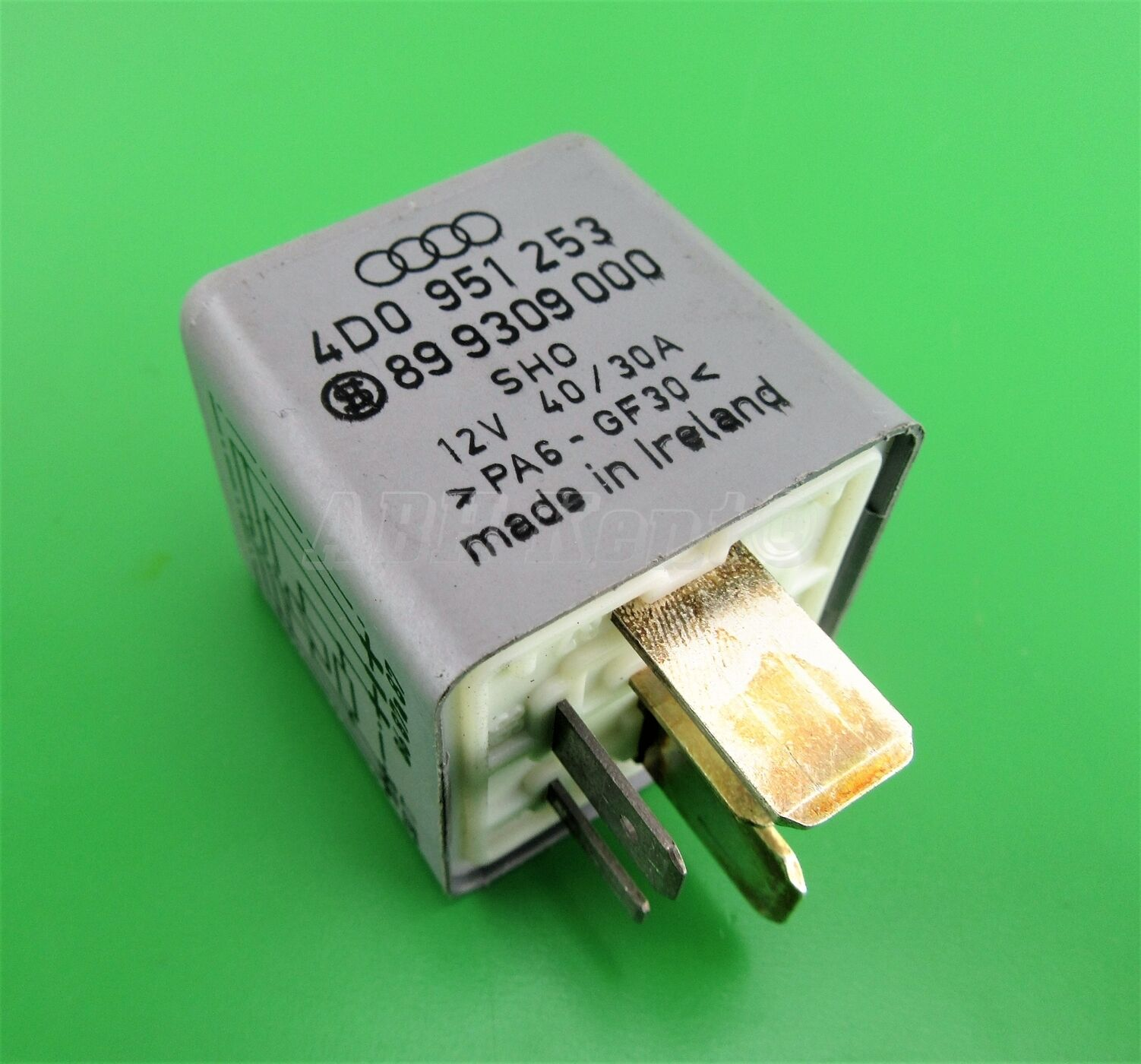 222 Audi Vw Grey 372 Fuel Pump 5pin Relay 4d0951253 Sho 899309000 40 5 Pin 2 Of 7