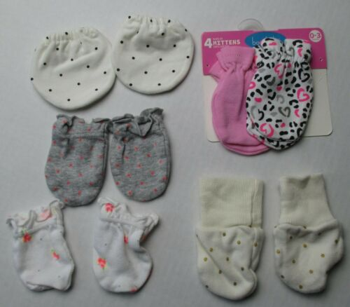 Infant Baby Girls Newborn 0-3 months 2 new 4 used Scratch Mittens