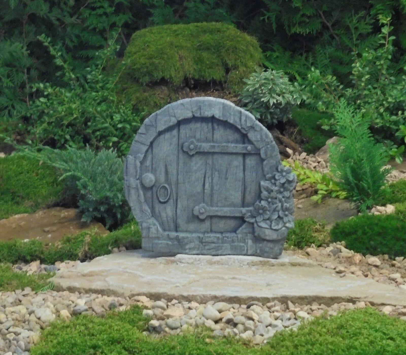 Zwergentür groß Garten Deko  Frost und Wetterfest Steinguß