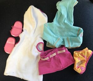 American Girl Seaside Wardrobe Excellent Condition 18 inch doll