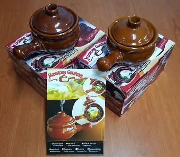 2 x MaxStone Gourmet Ceramic Stoneware Pots – as seen on TV